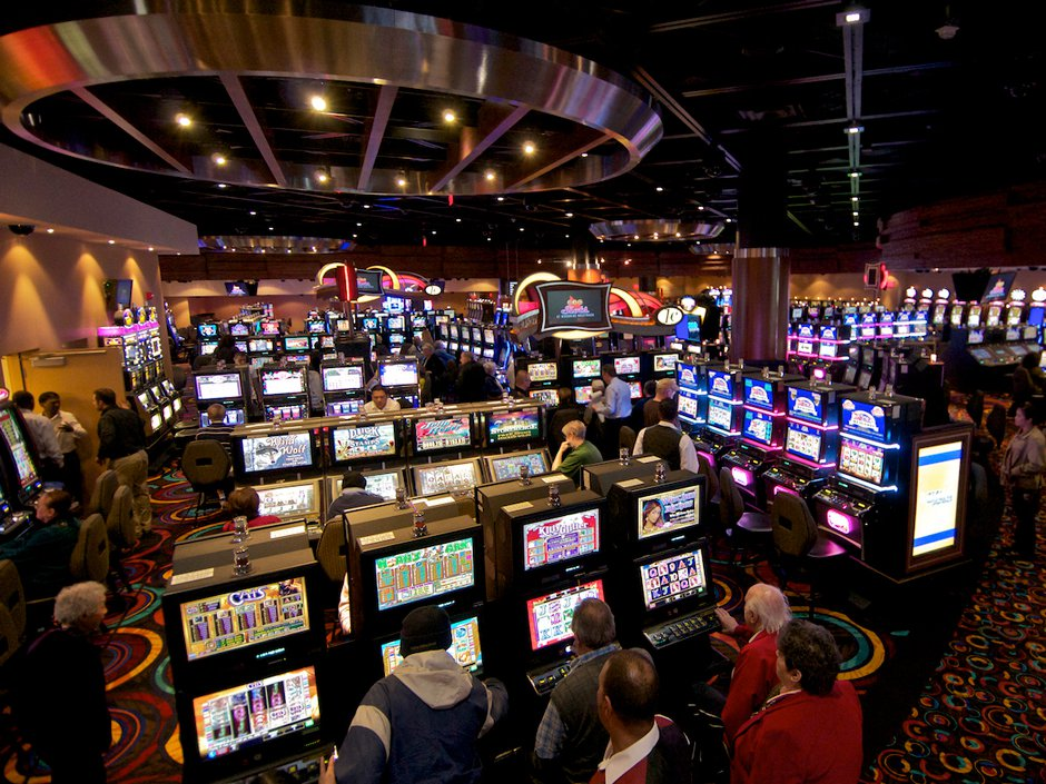 The Advantages Of Various Kinds Of Casino Games Online